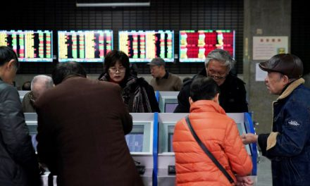 Shares, oil slide as China virus fears intensify; Yen, Treasuries in demand