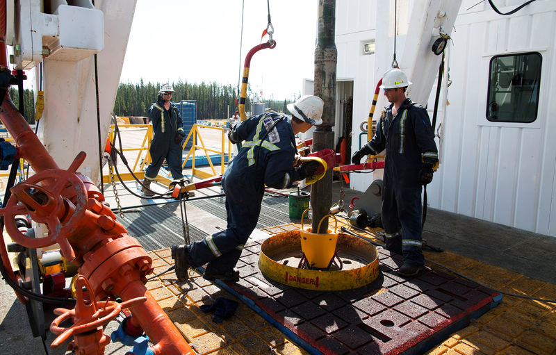 Oil Down As Producers Continue to Grapple With Oversupply