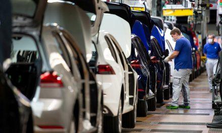 German investor morale improves on hopes for economic turnaround